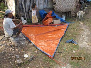 Изготовление паруса на Daovong Danao о.Пангалао что возле о.Бохол мастером Honorato Pamaton