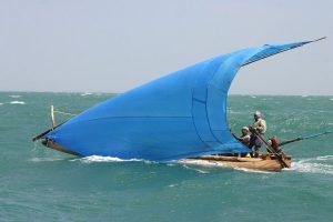 Вариант парусного вооружения с Индийского океана (с V-образной мачтой-гиком похож на клешню омара)